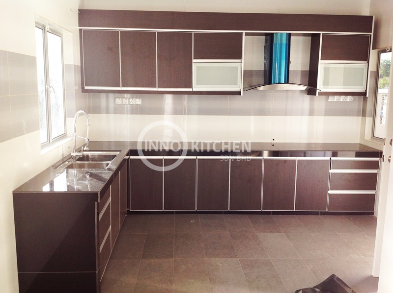 Kitchen cabinet melamine kitchen design cabinet design for Melamine kitchen designs